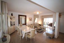 Appartement à Mandelieu-la-Napoule - Bel appartement vue mer à Mandelieu